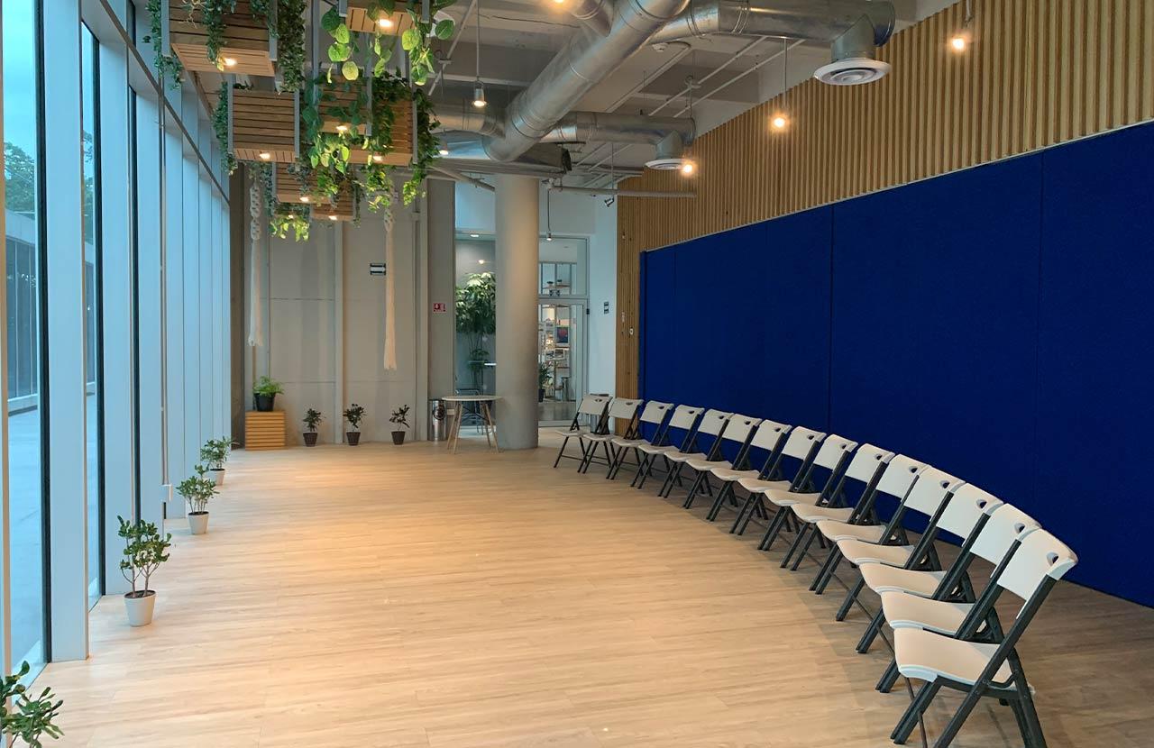 Salón de conferencias Asmi Roshan