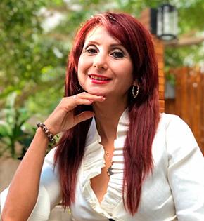Silvia Reza